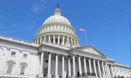 المسلم الحر تطالب في زيارة الكونغرس الامريكي بمراجعة قانون خلع الحجاب عند ارتكاب مخالفات أمنية