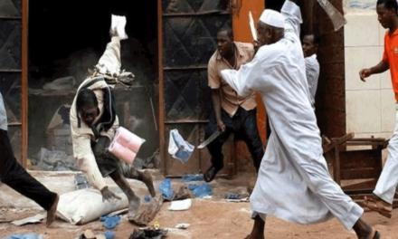 سازمان جهانی نفی خشونت: شبه نظامیان مسلح مسیحی، مسلمانان آفریقای مرکزی را قتل عام می کنند